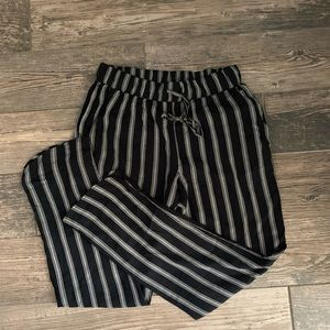Ankle length joggers NWT